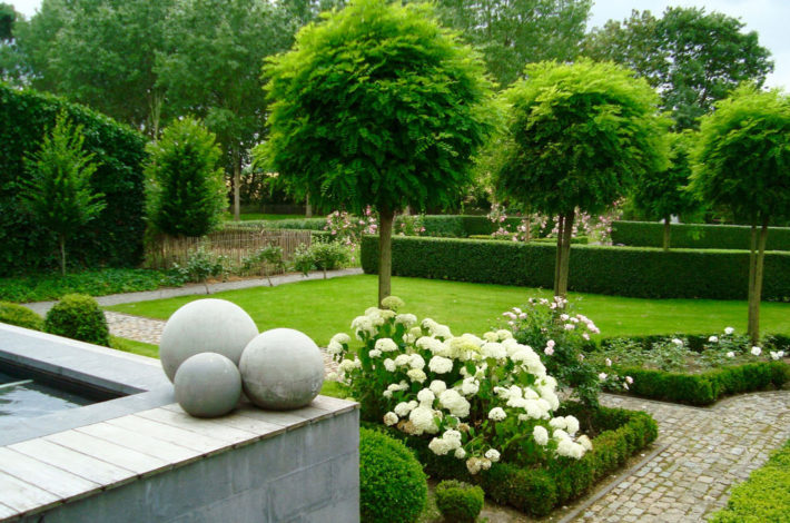 quelques astuces pour am nager un joli jardin habitation travaux. Black Bedroom Furniture Sets. Home Design Ideas